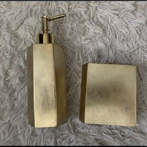 Other - Gold bathroom accessories